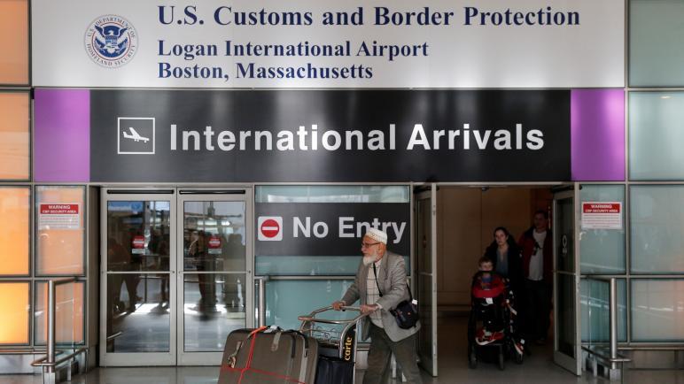 كشف حسابات التواصل للحصول على تأشيرة أميركية